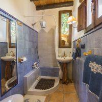 El Brazal. Baño Suite Nogal